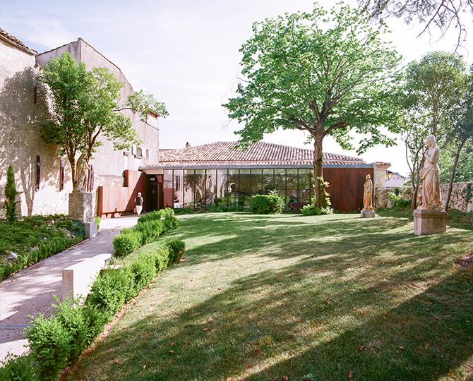 Guide architecture gers antoine s guin for Delmas architecte